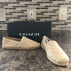 new In box size 6.5 Coach espadrilles